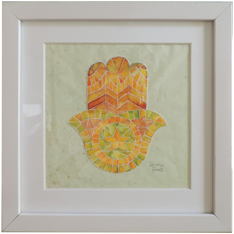 Opera unica dipinta a mano con acquarelli artigianali su carta ecologica 300 g. Cornice in legno che può essere appoggiata oppure appesa, passe-partout e vetro protettivo. Misure: 26 x 26 x 3 cm. ✤ 37 € ✤ Personalizzabile su ordinazione. #lucianatorre #artlicensing #artforproducts #artprint #bohohomedecor #regalipersonalizzati #mandala #illustratorsforhire #hamsahand #manodefatima #khamsa