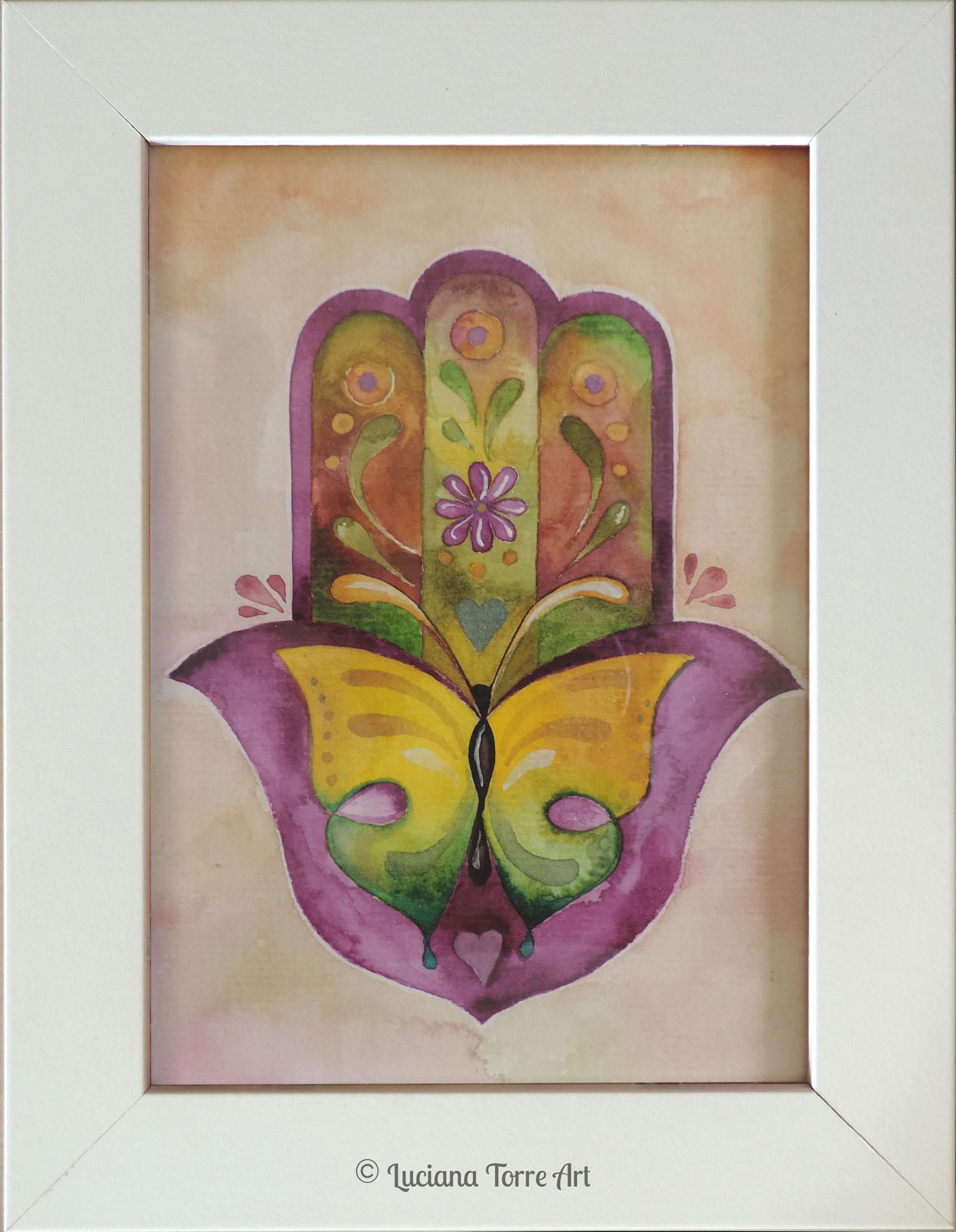 ✤ Mano de Fatima con flores y mariposa ✤ Opera unica dipinta con acquerelli artigianali e pigmenti metallizzati. Cornice con possibilità di essere appoggiata oppure appesa e plastica protettiva. Acquerello dipinto a mano su carta ecologica 300g. Misure: 17 x 22 cm. ✤ 16€ ✤ #lucianatorre #illustratorsforhire #artlicensing #artforproducts #hamsahand #manodefatima #flowerywatercolour #homedecor #butterfly #flowerillustration #bohostyle